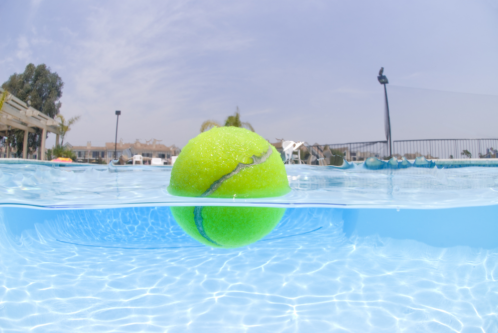tennis-ball-in-water
